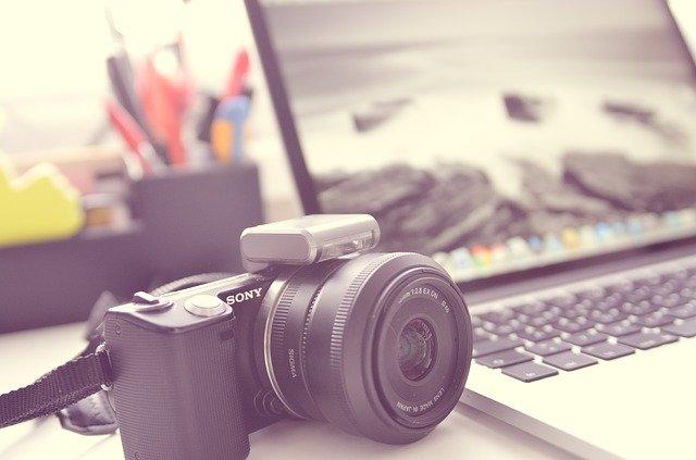 Comment réaliser un montage vidéo-photos avec de la musique ?